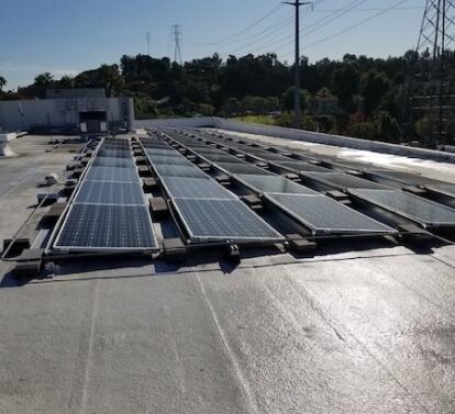 la warehouse commercial warehouse solar